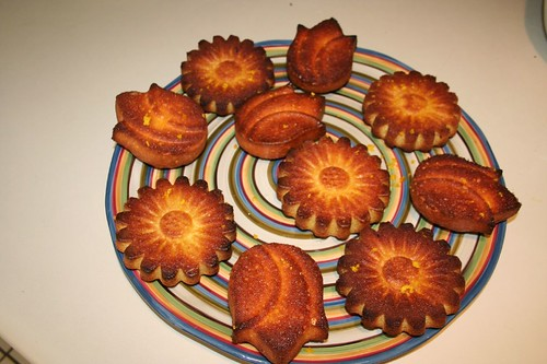 plate of flower cakes