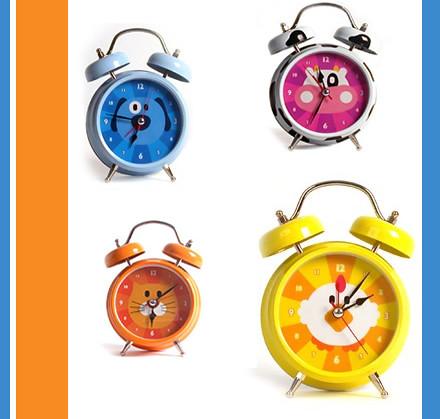 Zone Maison in Montreal: Clocks + More!