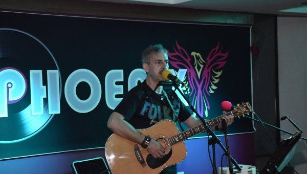Florin Camen actor cu chitară agenda