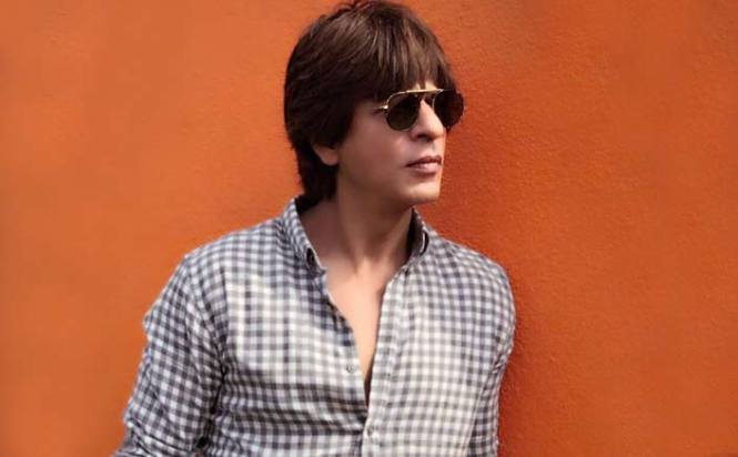 """TED Talks Host SRK :""""It is time to open our minds and hearts not just the arms"""""""