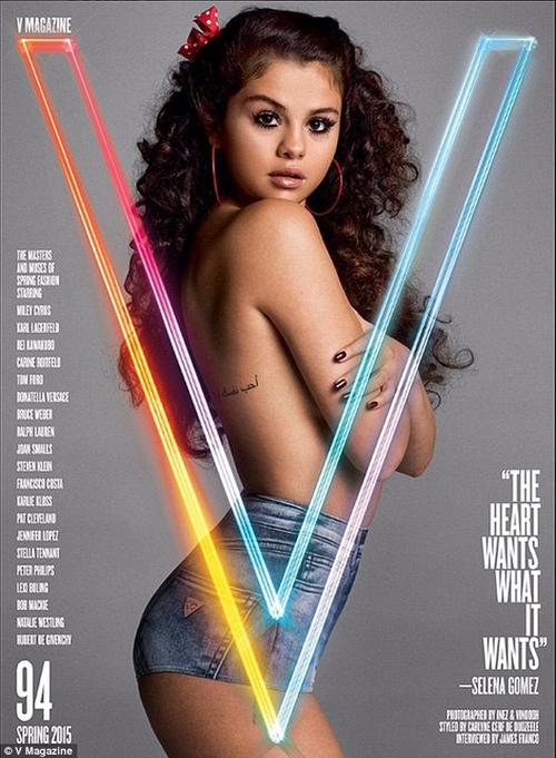 Foto Selena Gomez Toples di Majalah V
