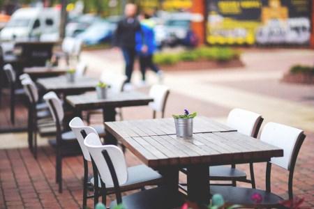 city restaurant lunch outside