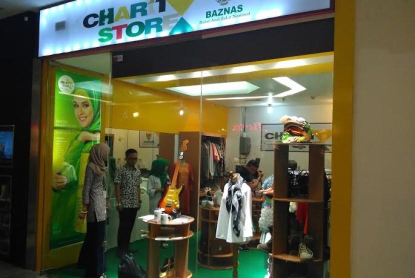 Charity store di Plaza Semanggi.