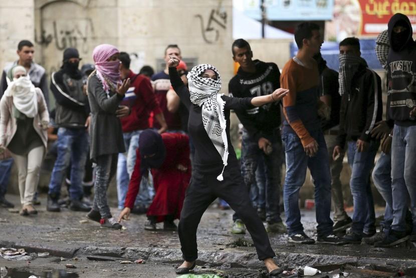 Kekerasan pecah di seluruh Tepi Barat antara warga Palestina dengan tentara Israel.