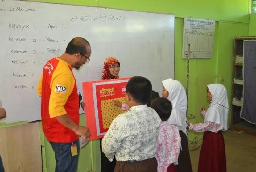 Kelas inspirasi Indosat Ooredoo dan PKPU.