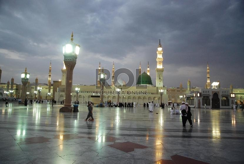 Masjid Nabawi di Madinah