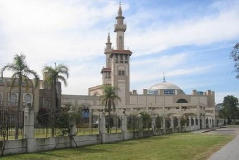 Salah satu Masjid terbesar di Argentina, yang terletak di Buenos Aires