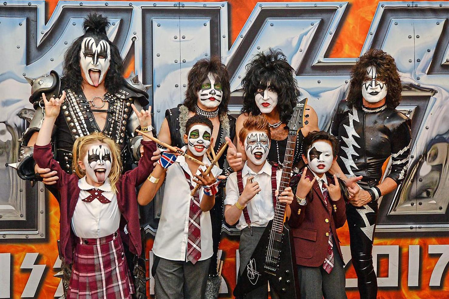Kiss  tour review  Wild and undimmed roar from legends of rock     Kiss  tour review  Wild and undimmed roar from legends of rock   London  Evening Standard