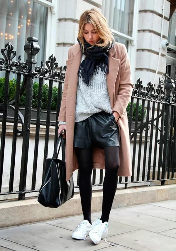 look frio para inverno com tenis e meia calça