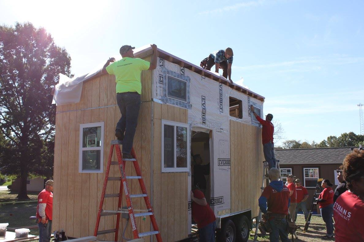 Exciting Building Techniques While Joiningtoger To Build A Home A Fellow Veteran Veterans Learn Basic Carpentry Skills Tiny Home Building Workshop Registration Operation Tiny Home houzz-03 Cornerstone Tiny Homes