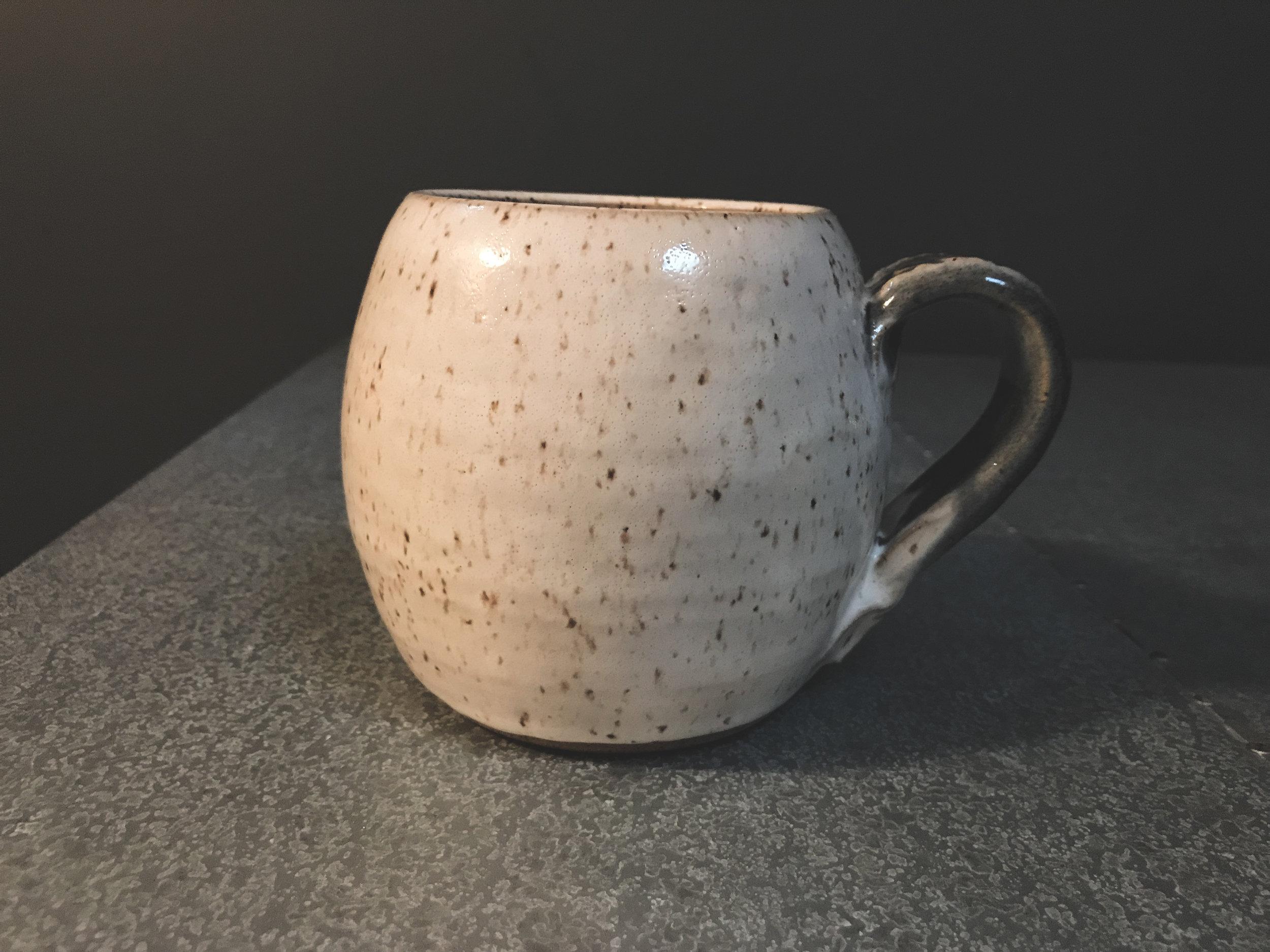Charming Speckled Glaze Looks Ocean Handle Mugs Baleia Blu Ceramics Making Pottery Mug Handles Pottery Mugs Without Handles This I Like Shape furniture Pottery Mug Handles