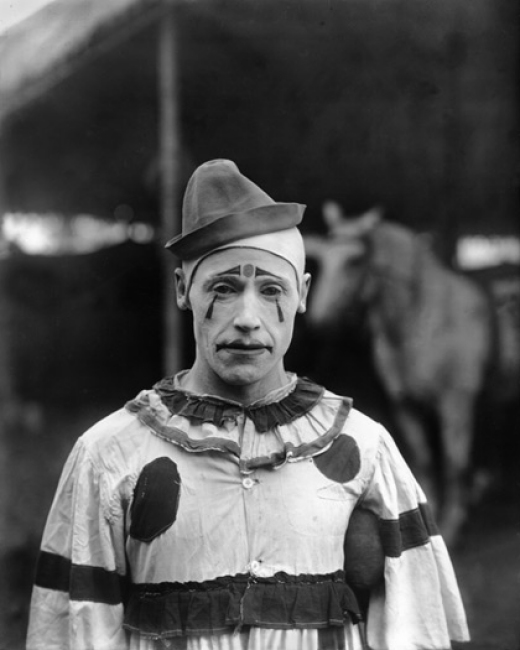 Random Research: Finding my Characters in Vintage Circus Photography: 1899-1923 (4/6)