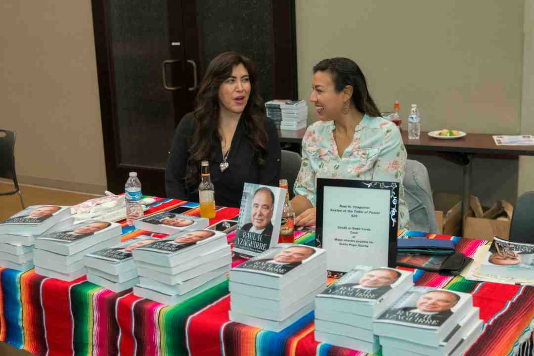 x Raul Yzaguirre Book signing Photo by Phil Soto 205