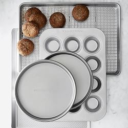 williams-sonoma-traditionaltouch-6-piece-bakeware-set-j