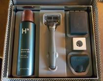 A Look At The Father's Day Shave Set by Harry's