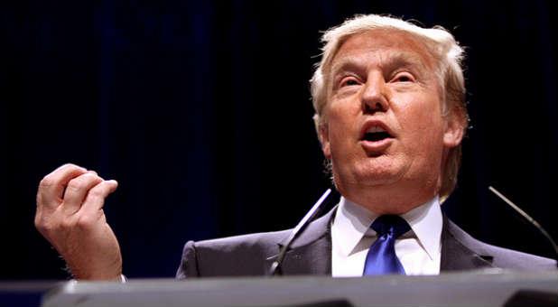donald-trump-speaking-web