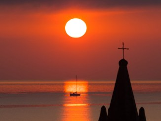 sunrise-lipari-header