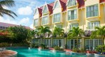 UVF-Coco-Palm-pool-and-swim-up-room-external-view