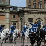 смена караула у Королевского дворца в Стокгольме
