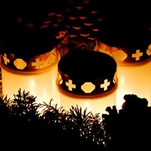 свечи на шведском кладбище