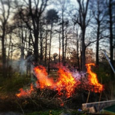 30 апреля в Швеции жгут костры