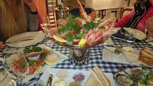 поесть морепродукты в Стокгольме