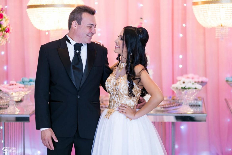 Fotografia com pai e debutante