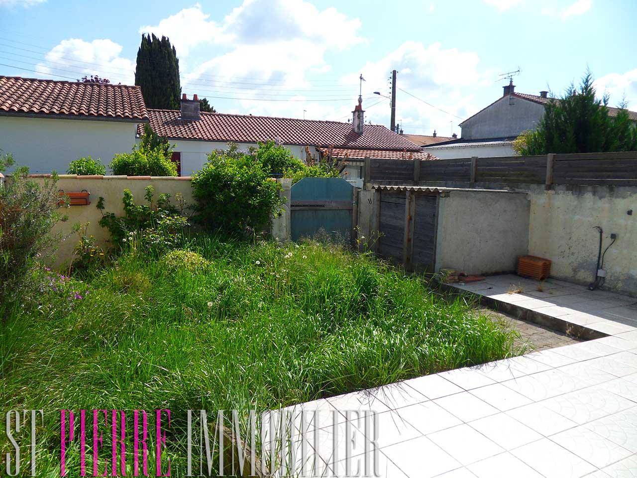 En vente maison niort 4 chambres jardin 113 000 for Jardin immobilier