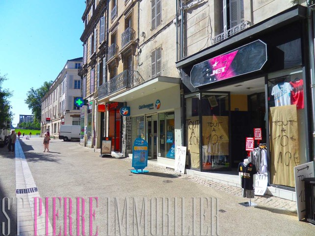 location local commercial emplacement n1 rue ricard a niort st pierre immobilier