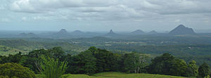 English: Glass House Mountains viewed from Mar...