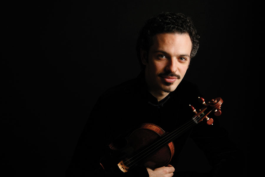 Colin-Jacobsen,-Violin-Photo-Credit--Todd-Rosenberg