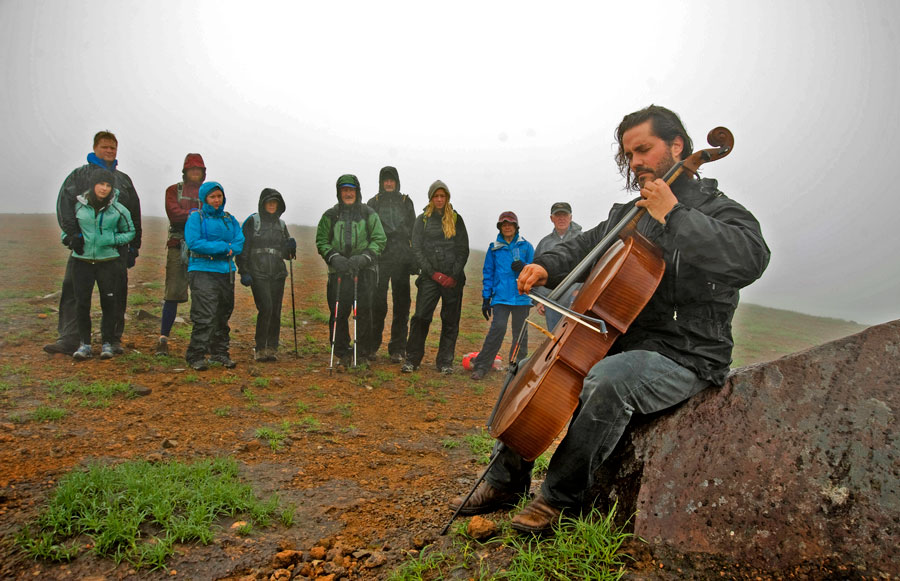 Zuill Bailey-Cellist-Volcano 01
