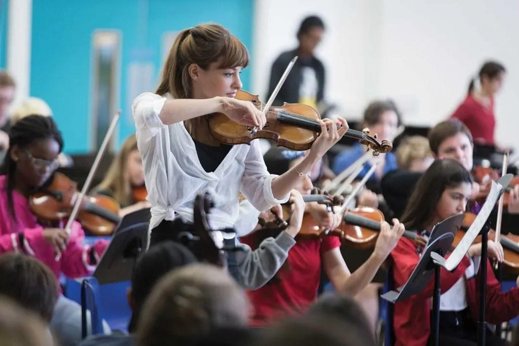 Nicola-Benedetti-Music-in-Secondary-Schools-Trust-(c)Benjamin-Ealovega
