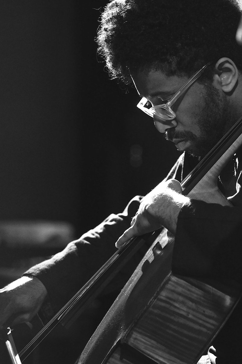 Cellist Seth Parker Woods