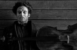 Cellist Nicolas Alstaedt