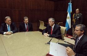 Imagen: el empresario Aldo Roggio junto a Jaime y el ex presidente Néstor Kirchner.