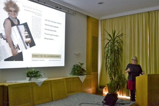 Margareta Schwarz: Vorfertigung lasttragender Strohbaugewölbe (Prefab)