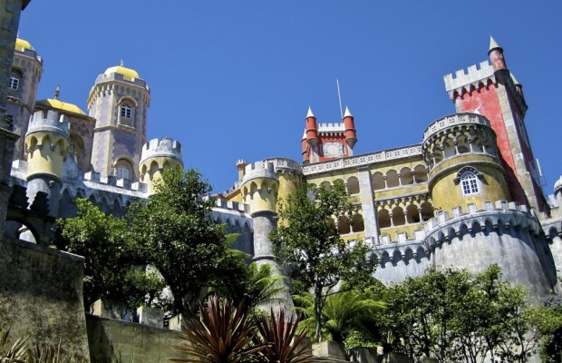 For a relatively small town, Sintra, Portugal is chock-full of sights. Perched high in the forested mountains northwest of Lisbon, it's only a forty-minute train ride from the capital city. Because of its cooler temperatures, strategic location, and remarkable natural beauty, Sintra has been a popular retreat for centuries. In […]