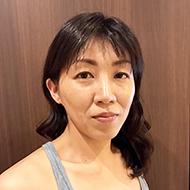 アズ東大阪ヨガインストラクター中村奈緒子