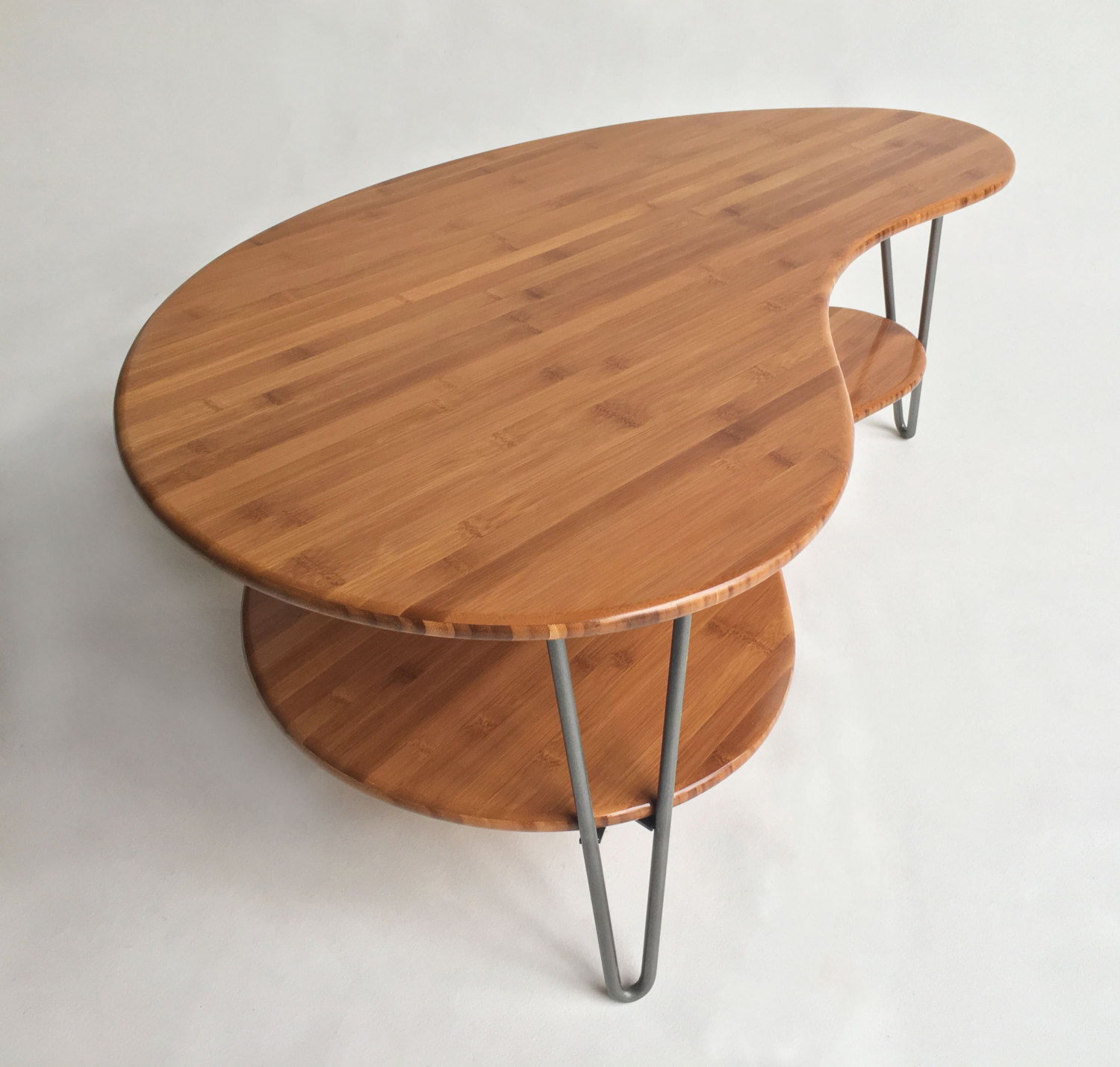 Mid Century Modern Coffee/Cocktail Table Kidney Bean Shaped With Shelf In  Natural Caramelized Bamboo