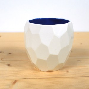 P003 Poligon Cup in blue studio lorier