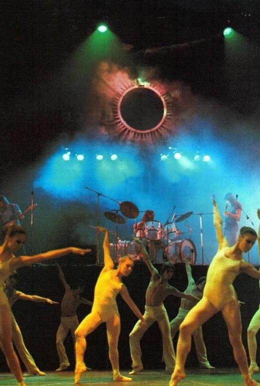 Pink Floyd 1973-01-13 - Paris palais des sports avec Roland Petit (back)