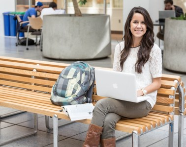 The 5 Do's and Don'ts of the Beginning of the Semester
