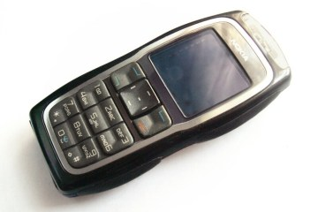 Going Analogue: My Day with a Nokia 3220