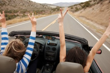 8 Tips for Traveling Cheaply as a Student