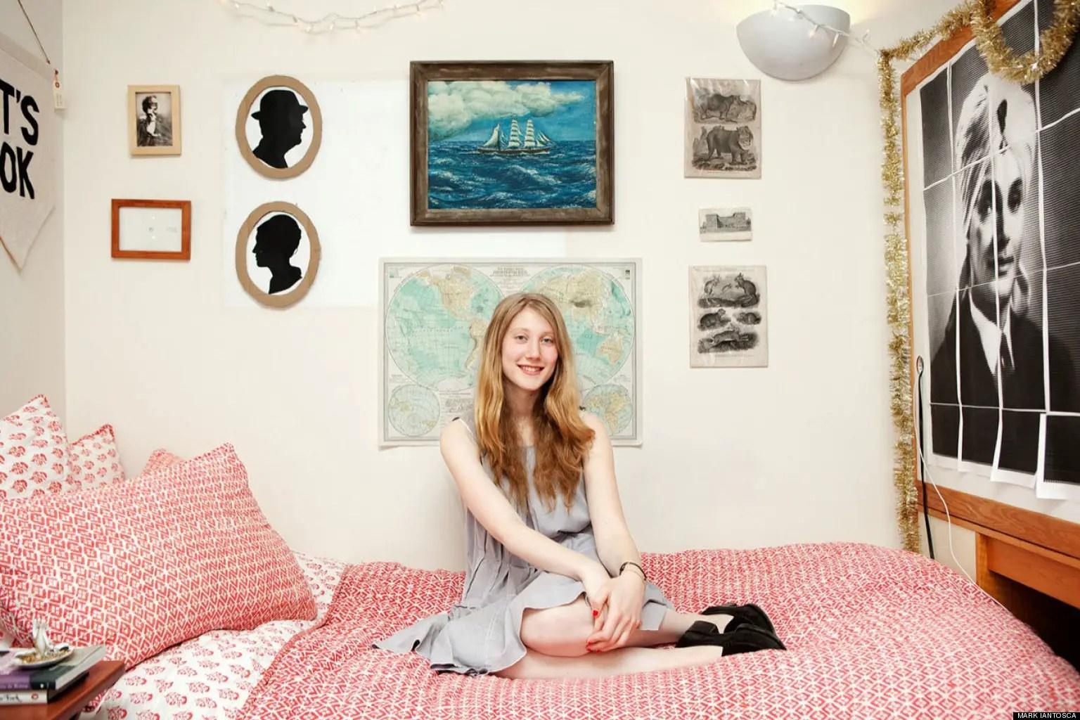 Fullsize Of College Dorm Decoration