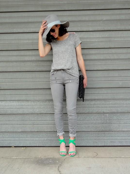 Grey 1a