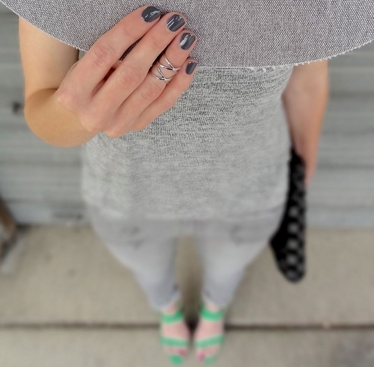 Grey 4c