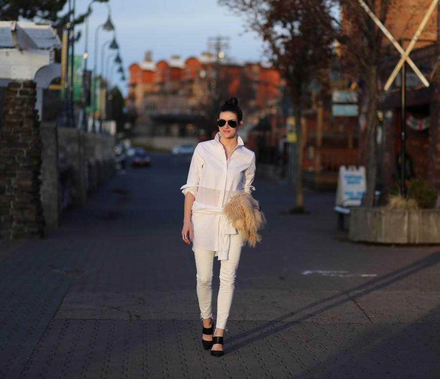 All White 1a