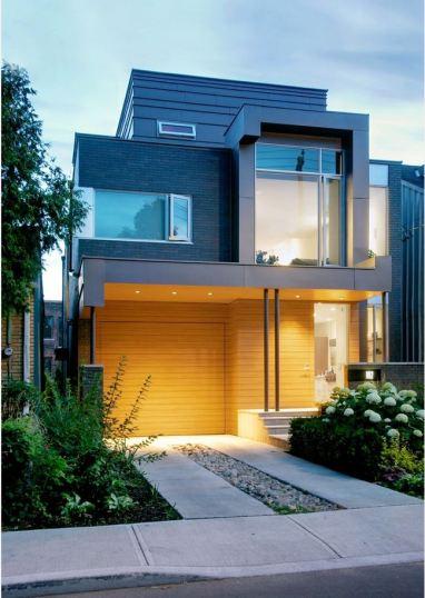 חזית יוקרתית של בית מעוצב.